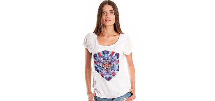 Женские футболки, майки и топы в интернет-магазине Moda-Z. Покупайте  брендовую женскую одежду по акции. 3bc7011d914