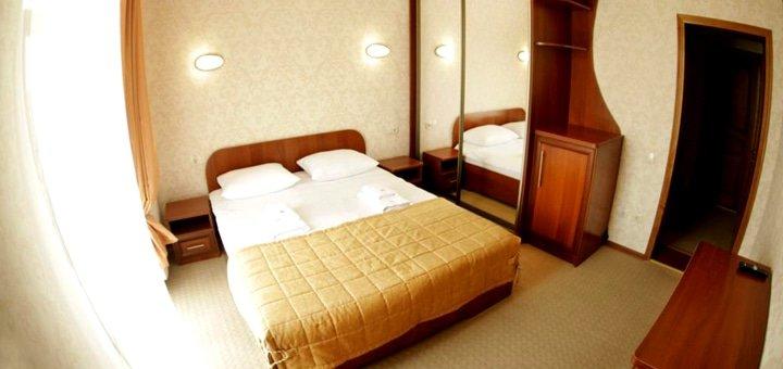От 4 дней отдыха и оздоровления в королевском стиле в великолепном отеле «Золотая Корона» в Трускавце