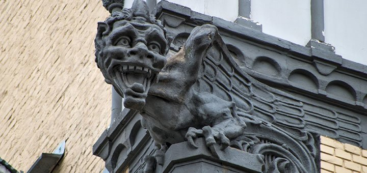 Новые экскурсии по Киеву: мистика, рыцарские замки, секретные дворики от «Идея Тур»