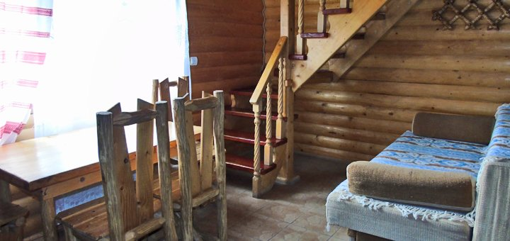 От 3 дней отдыха для компании до 4 человек в отеле «Wood house» в Татарове