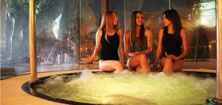 Релакс-зона + душ Шарко в аквапарке «Dream Island»