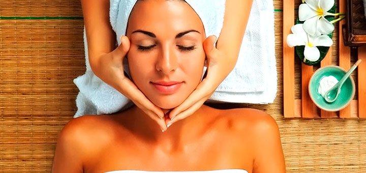 До 5 сеансов пластического массажа лица и зоны декольте в косметологическом кабинете «Красотка»
