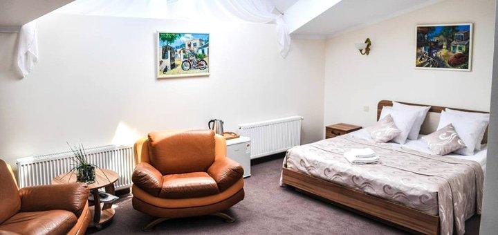 От 3 дней отдыха в «Апарт-Отеле 52» в самом центре Одессы