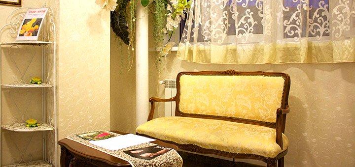 Женский педикюр и маникюр с покрытием гель-лаком в студии красоты «Victoria Style»