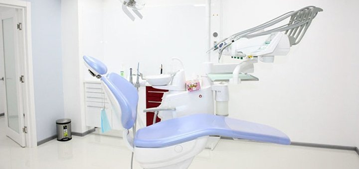 Скидка до 62% на лазерное отбеливание зубов в центре эстетической стоматологии «Вeauty Smile»
