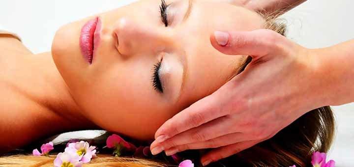 До 10 сеансов французкого пластического массажа лица и зоны декольте в салоне красоты «Пудра»