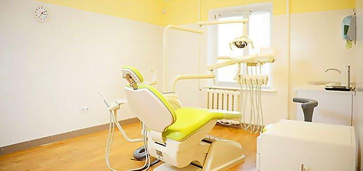 Лечение кариеса с установкой фотополимерной пломбы в стоматологической клинике «Deutsch Dent»