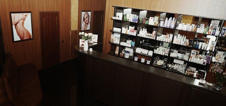 Скидка 30% на коррекцию губ гиалуроновой кислотой в салоне красоты «Надія»
