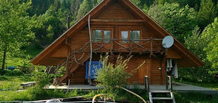 От 3 дней отдыха с двухразовым питанием и баней в усадьбе «Під Горбком» в Закарпатье