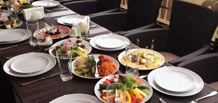 Романтический ужин или банкет для компании в «HB cafe»