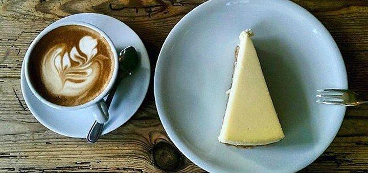 Скидка 50% на все меню кухни и напитки в кофейне «The Atelier Cafe»