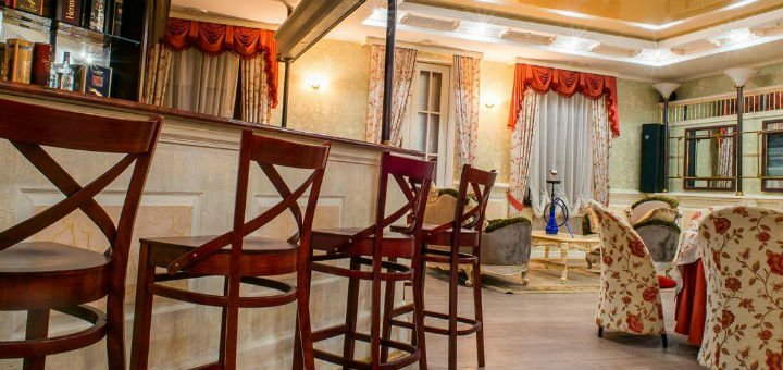 Мастер-класс по игре в бильярд или экскурсия «Мир бильярда» в центре «ARGUS»