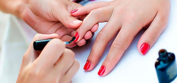 До 3 сеансов обрезного маникюра и покрытие гель-лаком, наращивание ногтей в салоне «Роксолана»