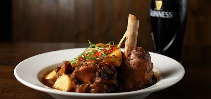 Знижка 40% на все меню кухні в ірландському пабі «Kork»