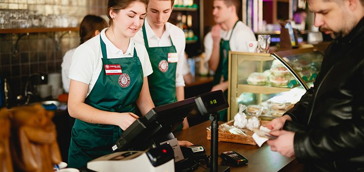 Скидка 50% на кофейную карту и десерты в сети кофеен «Coffee Life»