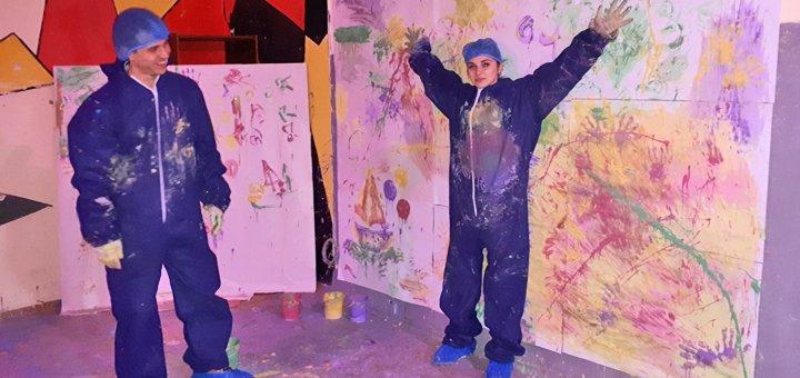 «Art беспредел» в комнате психологической разгрузки «Rage Room»