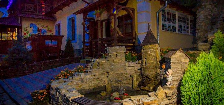 От 2 дней отдыха с питанием в отеле «Біля річки» в Каменце-Подольском