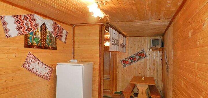 От 3 дней горнолыжного отдыха с питанием в отеле «Карпатский Ручеек» в Славском