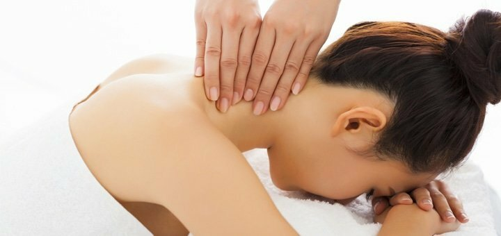 До 7 сеансов массажа спины, шейно-воротниковой зоны или стоп в студии красоты «AntiSalon Relax»