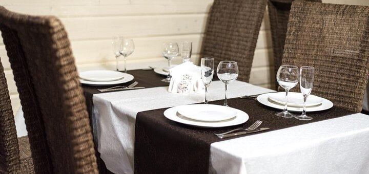 От 3 дней отдыха с питанием и бассейном в отеле «Рандеву» в Славском