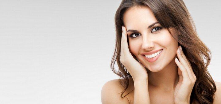 Скидка до 66% на инъекции Botox или Dysport в салоне красоты «Ажур»