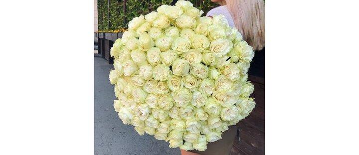 """Скидка 30% на все букеты в разделе """"101 цветок"""""""
