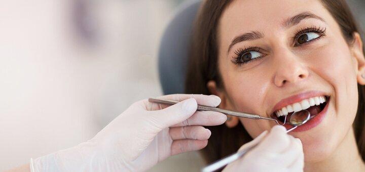 Лечение кариеса с установкой фотополимерных пломб в стоматологическом кабинете доктора Бондарук