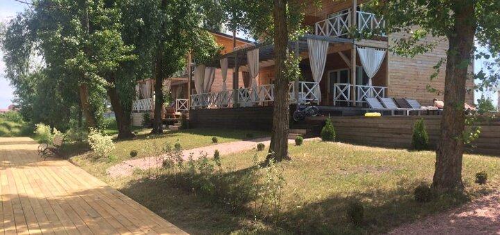 Скидка 20% для двоих на проживание в коттеджах комплекса «Relax Villa Poduszka» под Киевом