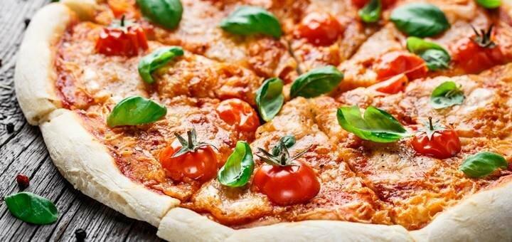 Скидка 50% на всю пиццу, суши и салаты на вынос в итальянской траттории «Джузеппе» на Победе