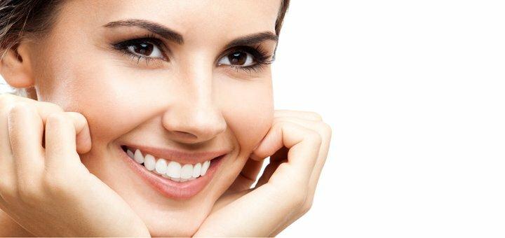 Скидка до 47% на увеличение губ или заполнение носогубных складок в студии красоты «KrisStyle»