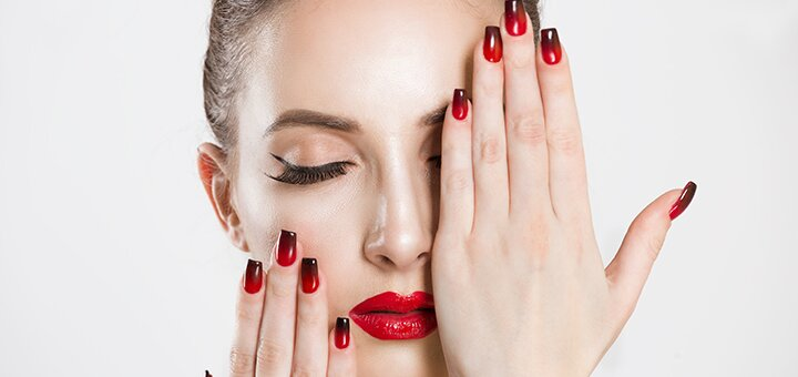 Маникюр, педикюр с покрытием гель-лаком в салоне красоты «Oksan nails Studio»