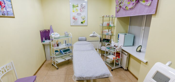 До 5 сеансов карбокситерапии лица в студии красоты «Beauty Film Studio»