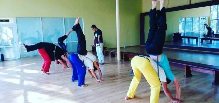 До 3 месяцев занятий капоэйрой для подростков и взрослых в академии капоэйры «UNICAR»