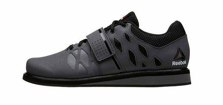 Скидки до 70% на мужские кроссовки «Reebok»