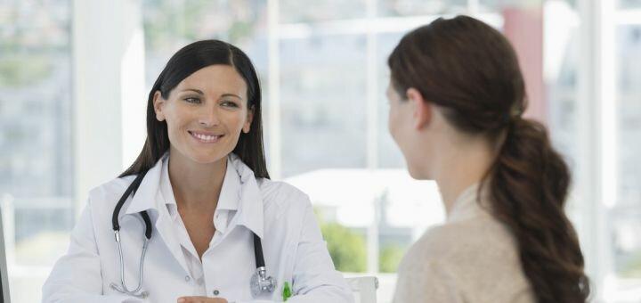 Обследование у врача-флеболога в центре восстановления позвоночника и реабилитации