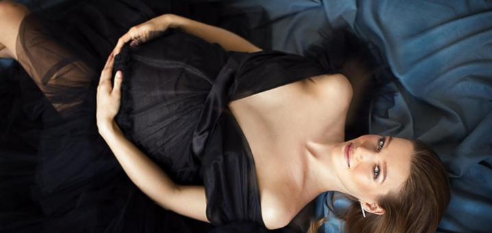 Выездная или студийная фотосессия для беременных от профессионального фотографа Шевчук Светланы