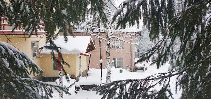 От 3 дней горнолыжного отдыха на Рождество и в высокий сезон в отеле «Дзвінка» в Славском