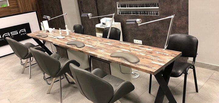 Маникюр и педикюр с покрытием гель-лаком в салоне красоты «MASA»