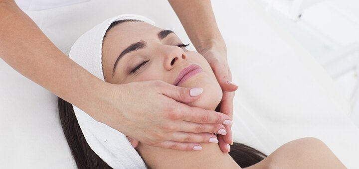 Скидка 51% на инъекционную биоревитализацию лица и шеи в косметологическом кабинете Инны Бойко
