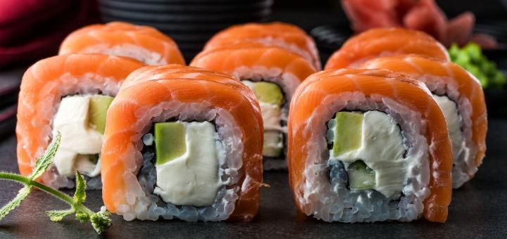 Скидка 50% на меню кухни, суши-бар и пиццу в ресторане «Mafia» на Олимпийской